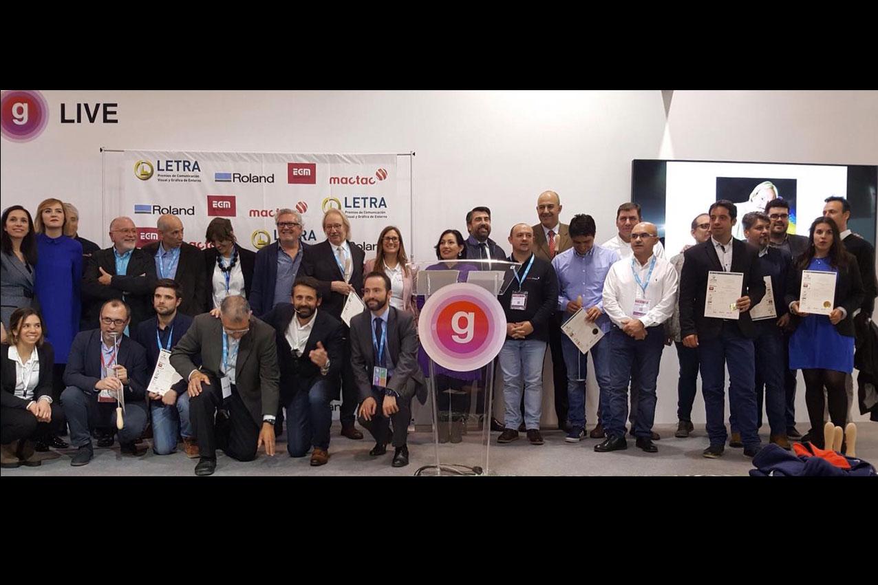 BIGPRINTS_Ceremonia-entrega-Premios-Letra-2017-premiados-INSTORE-BIGPRINTS