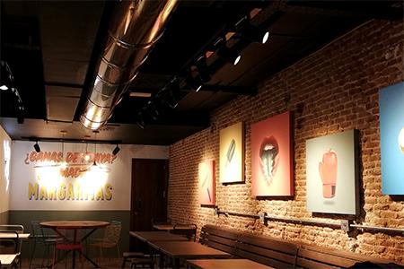 BIGPRINTS_Decoracion-interior-con-producion-grafica-restaurante-Ole-Mole-en-Madrid