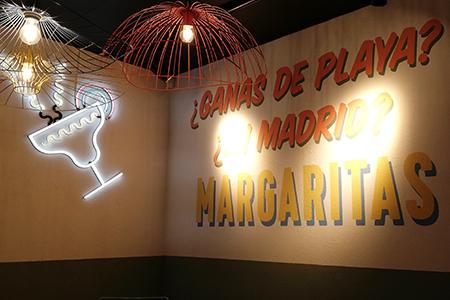 BIGPRINTS_Decoracion-interior-pintura-decorativa-restaurante-Ole-Mole-en-Madrid