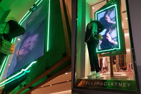 BIGPRINTS_Instalacion-escaparates-boutiques-Stella-McCartney-marcos-acero