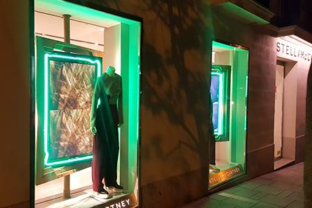 BIGPRINTS_Instalacion-escaparates-boutiques-Stella-McCartney