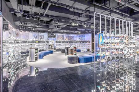 BIGPRINTS_Nike-Rise-decoracion-interior-tienda-deportiva