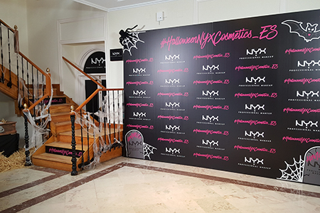 BIGPRINTS_Produccion-decoracion-photocall-HalloweenNyxCosmetics_es-Madrid