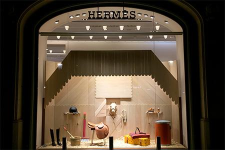 BIGPRINTS_Produccion-instalacion-escaparates-boutiques-hermes-espana