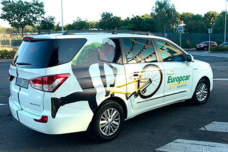 BIGPRINTS_Rotulacion-vinilo-impreso-y-troquelado-vehiculo-sorteo-BikersEuropcar