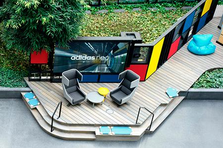 BIGPRINTS_espacio-de-trabajo-videowall-Adidas-Valley