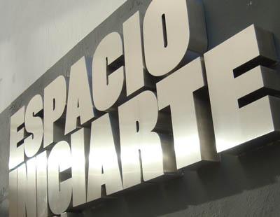 best service 507ba e33a0 Fabricacion y montaje de letras corporeas de acero inoxidable para  Ayuntamiento de Granada